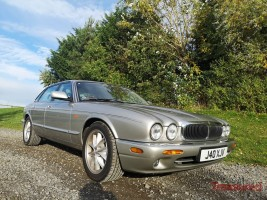1999 Jaguar XJ8 4.0 Classic Cars for sale