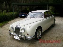 1965 Daimler 250 V8 Classic Cars for sale