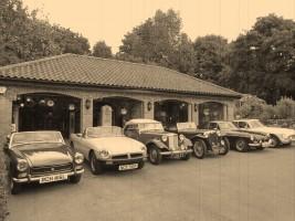 https://treasuredcars.com/dealers/details/the-vintage-petrol-pump-garage_47